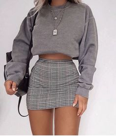Women Spring summer fashion outfits ideas trends to feel the hipster look - Fashion feel Hipster Ideas kleidung Outfits Spring Summer Trends Women # Cute Comfy Outfits, Girly Outfits, Mode Outfits, Retro Outfits, Simple Outfits, Stylish Outfits, School Skirt Outfits, Cute Outfits With Skirts, Cute Hipster Outfits