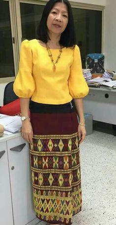 Myanmar Traditional Dress, Thai Traditional Dress, Traditional Outfits, African Attire, African Wear, Modern Filipiniana Dress, Myanmar Dress Design, Kurti Sleeves Design, Thai Fashion