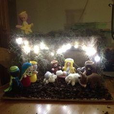 kerststal bij nacht