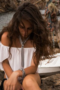 Discover our complete Llonga collection from SENSE OF IBIZA in lots of different colors and combinations. Sensual look guaranteed! Scarf Jewelry, Jewellery, High Class, Ibiza, Different Colors, Jewelry Collection, Dreadlocks, Feminine, Elegant