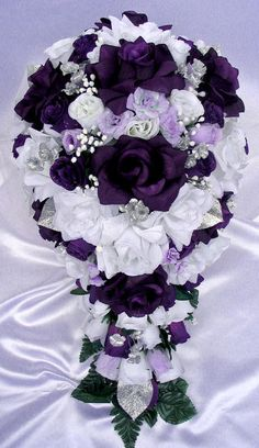 Bridal Wedding Party Bouquet Posy Silk Flowers Hydrangea Floral Home Decor US Purple And Silver Wedding, Purple Wedding Bouquets, Purple Wedding Cakes, Silk Flower Bouquets, Silk Flower Arrangements, Bridesmaid Flowers, Bride Bouquets, Flower Bouquet Wedding, Silk Flowers
