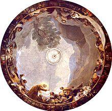 La sobriedad de la arquitectura, tanto interior como exterior, cede el protagonismo a pinturas al fresco con pinceladas al temple de Goya