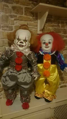 Excited to share this item from my shop: Pennywise the Dancing Clown - Horror doll - Friend for travel - Home decor - Interior design - Collectible Clown Horror, Creepy Horror, Arte Horror, Halloween Horror, Horror Art, Scary Dolls, Creepy Clown, Horror Icons, Horror Films