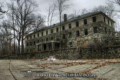 Abandoned asylum in NY, creepy. Old Hospital, Abandoned Hospital, Spooky Places, Haunted Places, Abandoned Asylums, Abandoned Places, Old Buildings, Abandoned Buildings, Stony Point