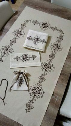 1 million stunning free images Blackwork Cross Stitch, Blackwork Embroidery, Cross Stitch Rose, Modern Cross Stitch, Cross Stitch Designs, Cross Stitching, Cross Stitch Embroidery, Hand Embroidery, Cross Stitch Patterns