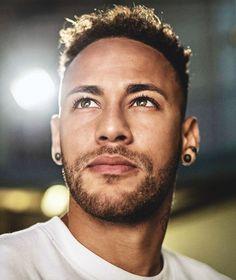 lways believe // tag below Neymar Jr, Football Neymar, Cute Photos, My Photos, Neymar Brazil, Bae, Best Football Players, Belle Photo, Cute Guys
