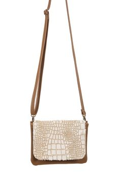 8deb1d768260 10 Best Handbags images