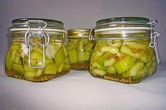 Senfgurken süß - sauer, ein tolles Rezept aus der Kategorie Gemüse. Bewertungen: 144. Durchschnitt: Ø 4,7.