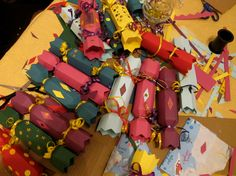 CRACK-ATTACK !!! Some of our Pinners went cracker-craft-crazy and made enough to cater for a medieval feasting table. We love!