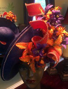 Jack McConnell - Chapeau 'Lys' Oversize - Paille, Fleurs, Strass et Perles - Orange et Violet