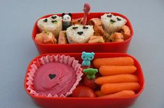 Bento! Why doesn't America do this?! I would love a bento box instead of just a packed lunch! Plus it's Cute!