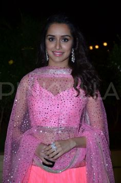 Shraddha Kapoor at Vishesh Bhatt's wedding reception   PINKVILLA
