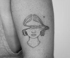 Fine Line Tattoo By Jessica Joy. Jessica Joy is one of the most popular artists in modern tattoo art. She has developed drawings on minimal. tattoo Fine Line Tattoo By Jessica Joy Mini Tattoos, Small Tattoos, Modern Art Tattoos, Line Art Tattoos, Tatoos, Drawing Tattoos, Girl Arm Tattoos, Line Work Tattoo, Kunst Tattoos