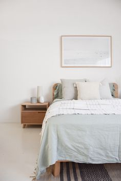 Nothing quite compares to the natural beauty of solid timber. Pictured is our Inka Bed and Freja bedside in American Oak, teamed with beautiful linen from and a scattering of unique vessels - get this look in store or via our website! Objet Deco Design, Romantic Bedroom Decor, The Design Files, Suites, Interior Exterior, Hygge, Joanna Gaines, New Room, Interiores Design