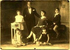 1910s ORIGINAL Antique ART NOUVEAU Cabinet Card Photo / by UCRONIA