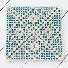 Diy Crafts - pattern from I Love Crochet Motif by Kazuko Murabayashi Crochet Tablecloth Pattern, Crochet Cushions, Crochet Blocks, Granny Square Crochet Pattern, Crochet Pillow, Crochet Diagram, Crochet Chart, Crochet Squares, Love Crochet