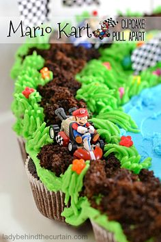 Mario Kart Cupcake Pull Apart | With cars racing around the track, a pond that proudly holds the trophy this cupcake pull apart will be popular with boys and girls!