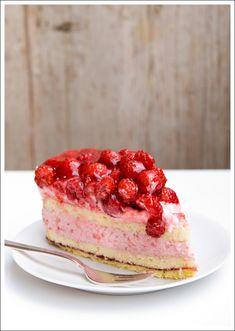Berry Lovely: Raspberry Mousse Cake
