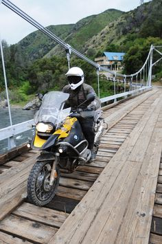 adventure motorcycle | 2010 BMW R 1200 GS Adventure Review - Picture of the 2010 BMW R1200GS
