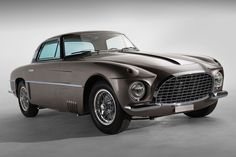 The partnership between Enzo Ferrari and famed designer Carrozzeria Vignale may have been brief, but cars like this 1953 Ferrari 250 Europa show that the relationship was nothing short of special.