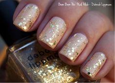 Esmalte com brilhos dourados. #luxo