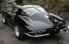 '63 Corvette Stingray...the only real corvette I like!