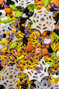 If you're looking to add some Halloween flair to your sweet creations, Coles has a variety of creepy and colourful edible decorations and sprinkles to choose from 😊💀🎃 . . #Dollarsweets #Coles #Halloween #Sprinkles #cakedecorations
