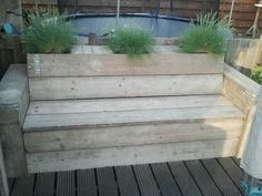 Garden on pinterest tuin verandas and met - Bank terras hout ...