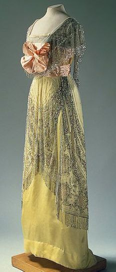 Evening dress, 1910's  From the State Hermitage Museum  - See more at: http://fripperiesandfobs.tumblr.com/post/21525903071/evening-dress-1910s-from-the-state-hermitage#sthash.eEw9weR7.dpuf