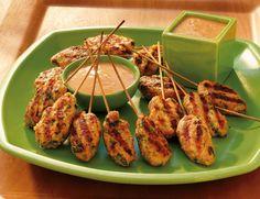 Ein echtes Highlight - sowohl optisch als auch kulinarisch - sind unsere Garnelenpops vom Grill. Die vietnamesische Spezialität harmoniert wunderbar mit der selbst gemachten Erdnusssauce. http://www.fuersie.de/grillen/artikel/grillrezept-vietnamesische-garnelenpops-mit-erdnusssauce