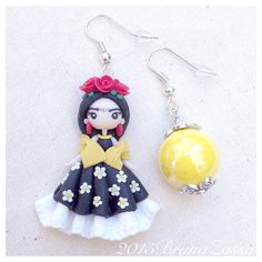 Hey, I found this really awesome Etsy listing at https://www.etsy.com/listing/250925887/frida-kahlo-earrings-cute-kawaii
