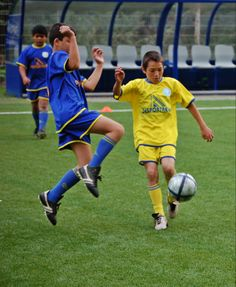 A paixão pelo futebol demostra-se em cada jogada