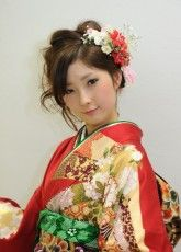 振袖髪型,着付け,2014京都29 ふりそで美女スタイル〜振袖BeautyStyle〜 成人式会場で見つけたふりそで美女の写真ギャラリーです。振袖をレンタルする際や髪型や着付けなどで困ったらまずはチェック! http://www.furisode.gr.jp/
