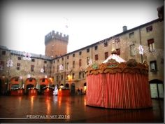 Piazza Municipale, Ferrara, Italy - Property and copyrights of (c) FEdetails.net 2014