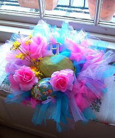 Honey Willow: Honey's tutu - the sequel Happy Easter, Easter Bunny, Easter Eggs, Easter Bonnets, Easter Crafts, Crafts For Kids, Easter Hat Parade, Bonnet Hat, Crazy Hats