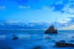 長時間露光の海とロック ストックフォト・写真素材 69180695 - iStock