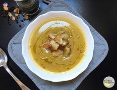 Vellutata di zucca e zucchine con crostini - ricetta gustosa