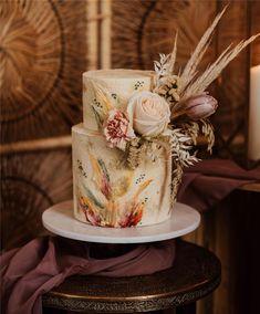 Trendy And Gorgeous Wedding Cake For Your Wedding Fantasy 2020; Wedding Cakes; Floral Wedding Cakes; Floral Cakes; Romantic Cakes; Fondant Wedding Cake; Cheese Wedding Cake; Nude Wedding Cake; Buttercream Wedding Cake;#weddingcake #floralweddingcake #cake #weddingart #fondantcake #cheesecake #nudecake #buttercreamcake Bohemian Wedding Inspiration, Boho Wedding, Rustic Wedding, Dream Wedding, Wedding Art, Floral Wedding, Wedding Blog, Wedding Flowers, Wedding Ideas