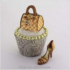 Micro Fashion Collection - gumpaste sugar shoes and purses for cupcakes.