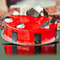 Some #cakes fruity by this fabulous blend of #Strawberry crush and fresh cream #Strawberrycakes #Birthdaycakes visit us: www.cakepark.net Call us: 044-45535532
