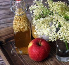 Holunderblüten Essig selbstgemacht - DIY Fruit, Food, Vinegar, Fast Recipes, Apple, Homemade, Essen, Meals, Yemek
