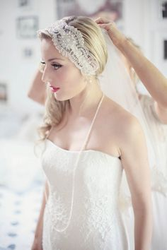 a vintage inspired Bridal look  Photography by craigsandersphotography.co.uk