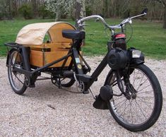 Tractors 390124386454771577 - Page 1967 Velosolex 3800 Triporteur SOLD Source by diacoyannis Vintage Motorcycles, Cars And Motorcycles, Bike Motor, Velo Design, Moto Scooter, Side Car, Power Bike, Bicycle Bell, Push Bikes
