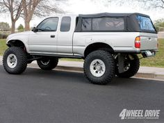 2001 Toyota Tacoma Prerunner w/ BEstop bed cover