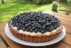 Herkkuja leipomassa: Mustikka-sitruunatorttu/ Blueberry-Lemon Pai (24 c...