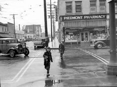 NE Union Avenue (Martin Luther King Jr. Blvd) at Alberta ca. 1939 - Portland, Oregon