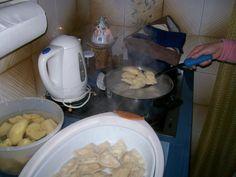 Ποντιακές συνταγές για φαγητά και γλυκίσματα | Πόντος έν', άστρον φωτεινόν Meat, Chicken, Food, Essen, Meals, Yemek, Eten, Cubs