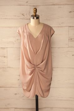 Chemisier rosé coupe ample sans manches et fronces en avant - Sleeveless loose blush tunic with ruching down the front