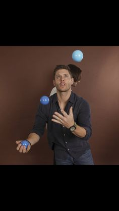 Is there anything Jensen can't do? <<<< no and it's RUDE!