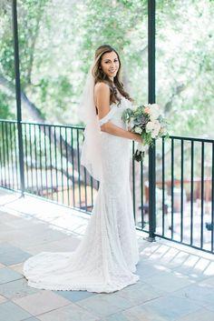 1909 Topanga Wedding in Malibu / Los Angeles California Wedding Photographer Loie Photography / Watters Wtoo Wedding Dress / Succulent Bouquet / Bridal Photos